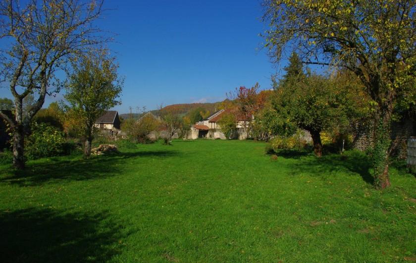 Location de vacances - Château - Manoir à Bussy-la-Pesle - Le verger