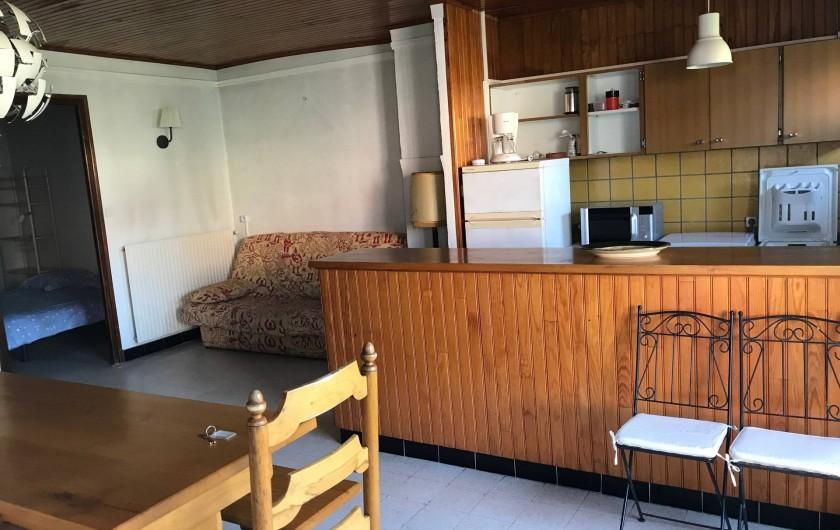 Location de vacances - Appartement à Argelès-sur-Mer - salle de séjour cuisine américaine