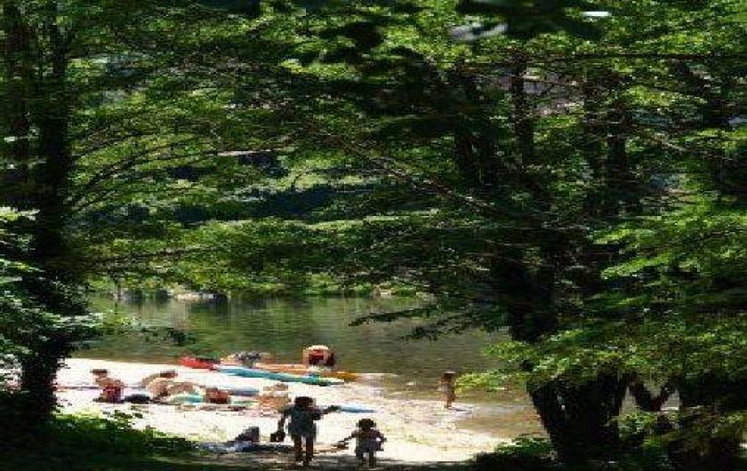 Location de vacances - Camping à Les Ollières-sur-Eyrieux