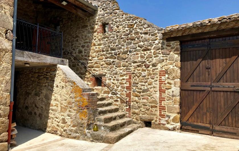 Location de vacances - Mas à Sécheras - Accès au corps de logis