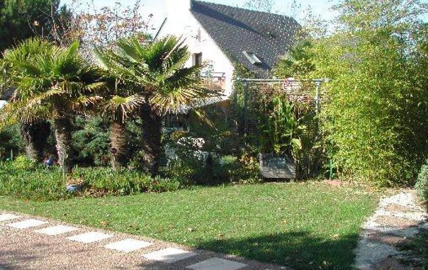 """Location de vacances - Villa à Piriac-sur-Mer - Parking """"privatif"""" au centre de la propriété"""