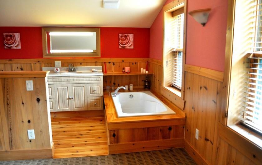 Location de vacances - Chalet à Val-David - Salle de bain Chambre TENDRESSE