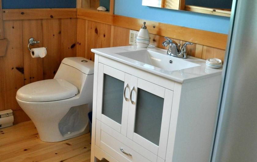 Location de vacances - Chalet à Val-David - Salle de bain Chambre HARMONIE