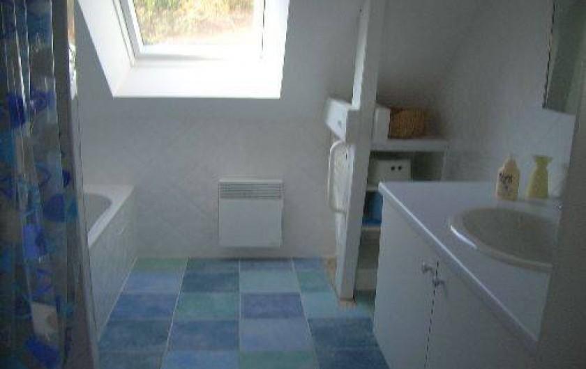 Location de vacances - Villa à Piriac-sur-Mer - salle de bain étage douche et baignoire