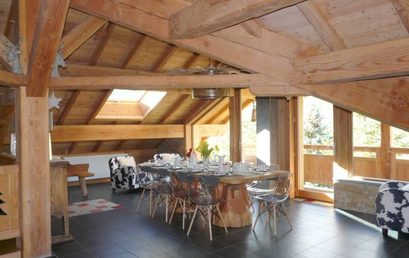 Location de vacances - Chambre d'hôtes à La Salle-les-Alpes - Salon ,Salle à manger Avec TV écran plat et DVD