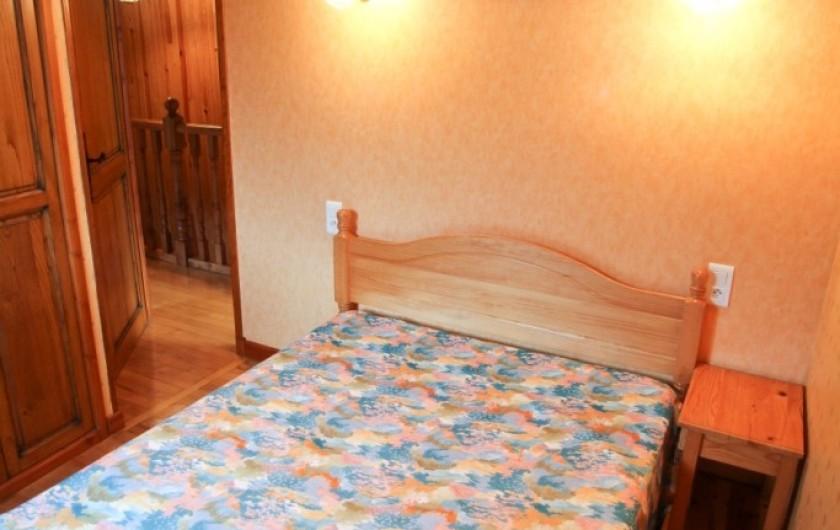 Location de vacances - Gîte à Lacrouzette - Hameau de Thouy - Tarn -      Sidobre en Occitanie Gite La Vallée chambre