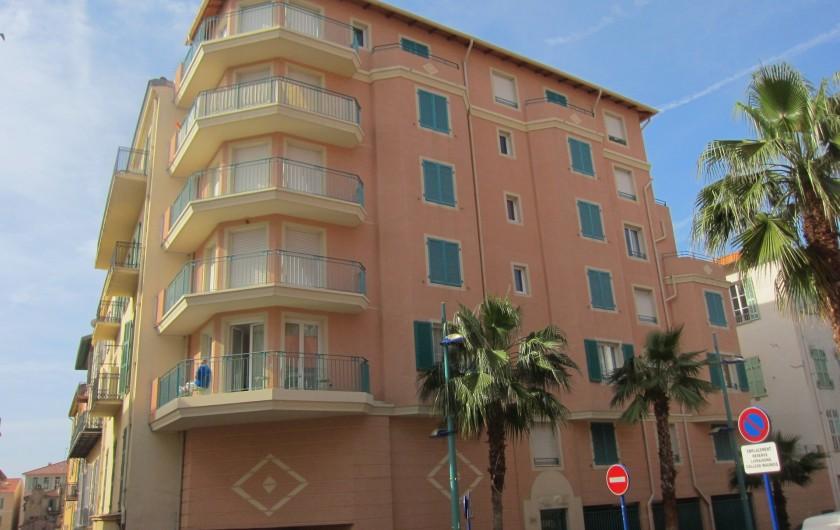 Location de vacances - Appartement à Menton - Vue de l'immeuble