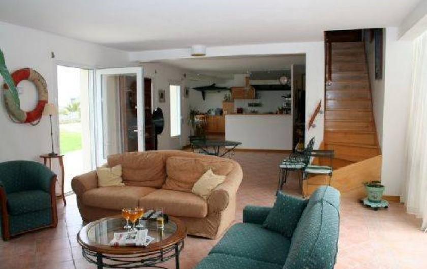 Location de vacances - Villa à Landéda - Grande pièce de vie avec vue mer