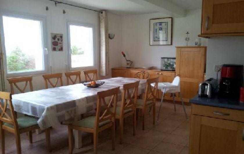 Location de vacances - Villa à Landéda - Une grande table conviviale (10/12p)