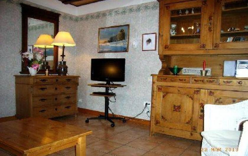 Location de vacances - Gîte à Saint-Pierre - Le salon, TV, radio