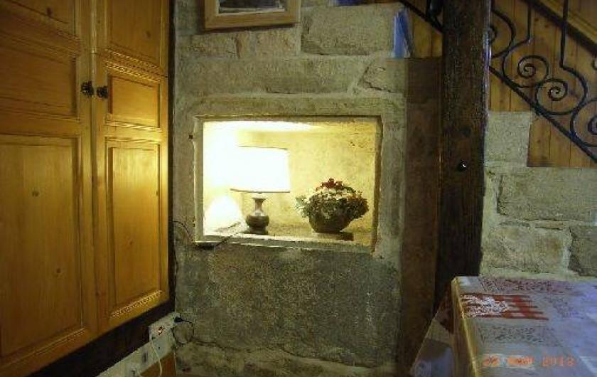 Location de vacances - Gîte à Saint-Pierre - L'ancien saloir dans les escaliers en pierre