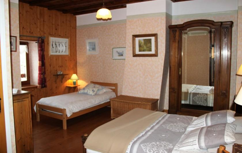 Location de vacances - Gîte à Saint-Pierre - La grande chambre, lit de 140 & 90