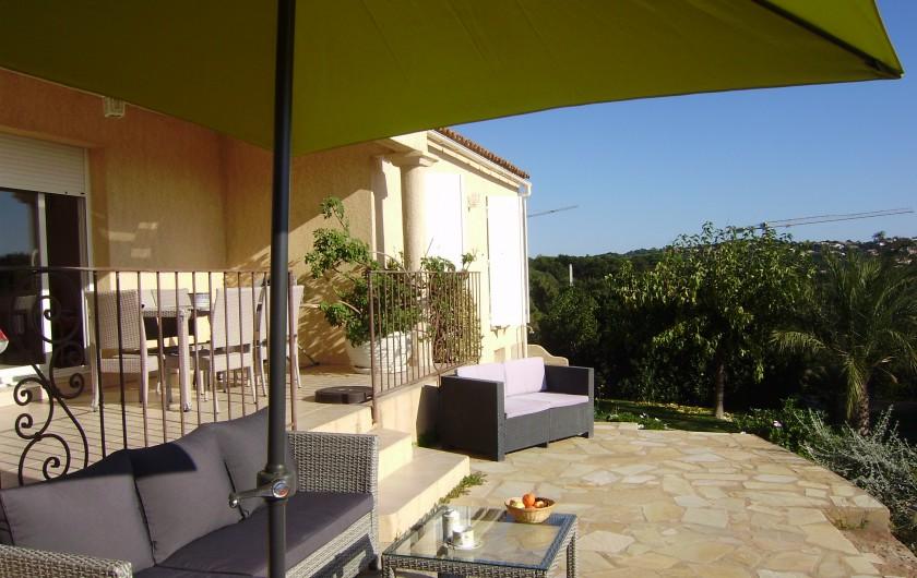 Location de vacances - Villa à Sainte-Lucie de Porto-Vecchio - chambre double / façade côté Est