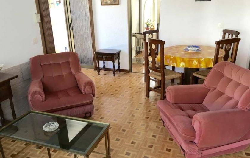 Location de vacances - Villa à Cambrils - salon-salle à manger appt 2