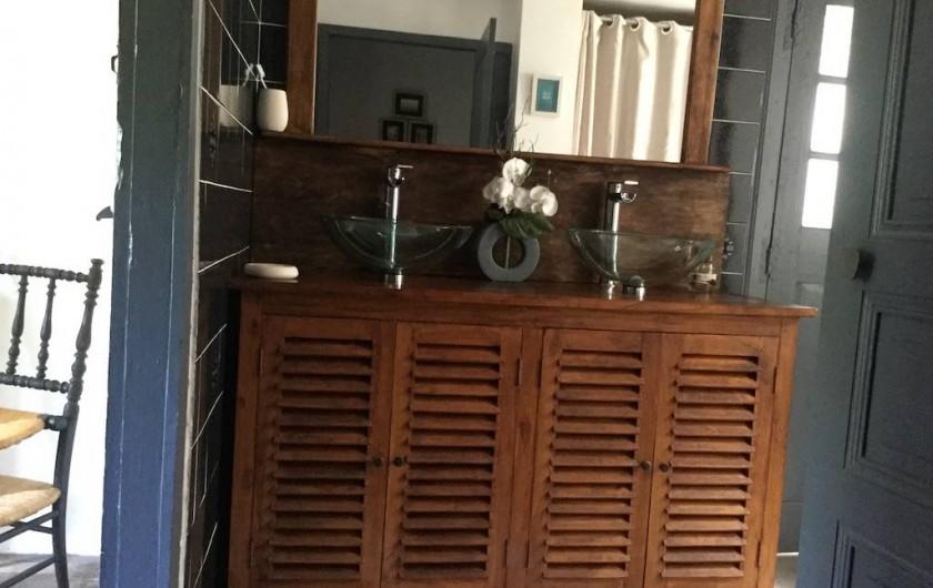 Location de vacances - Maison - Villa à Curvalle - salle de bain 2