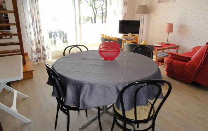 Location de vacances - Appartement à La Trinité-sur-Mer - Salon-salle à manger