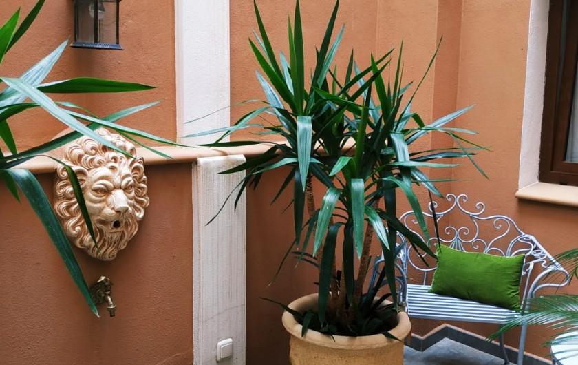 Location de vacances - Gîte à Siruela - Fuente en el patio pequeño
