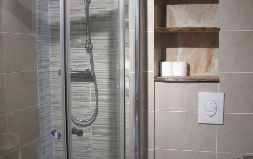 Location de vacances - Appartement à Savines-le-Lac - Salle de douche et WC