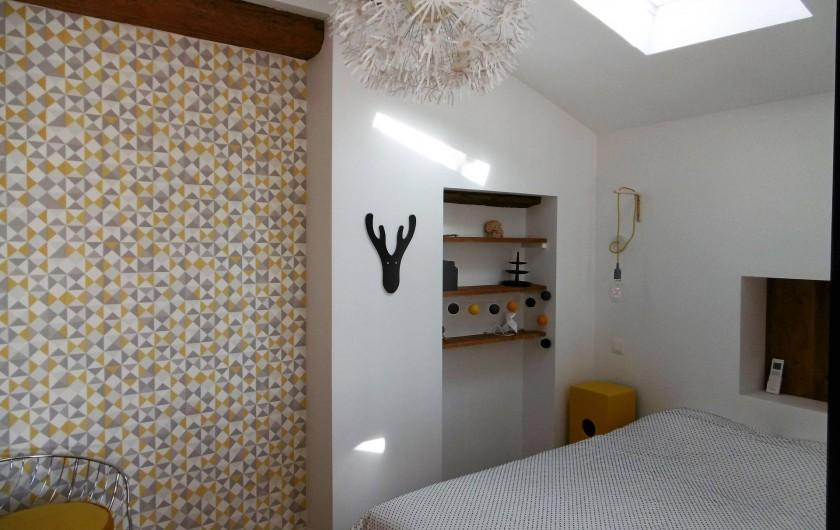 Location de vacances - Gîte à Roujan - Chambre au RDC avec lit double (140 cm)