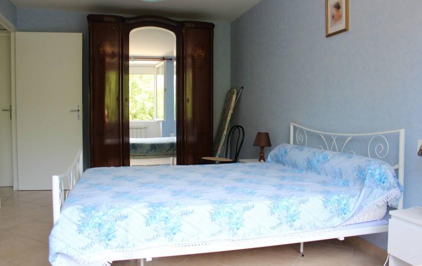 Location de vacances - Gîte à Peyreleau - Vue appartement chambre