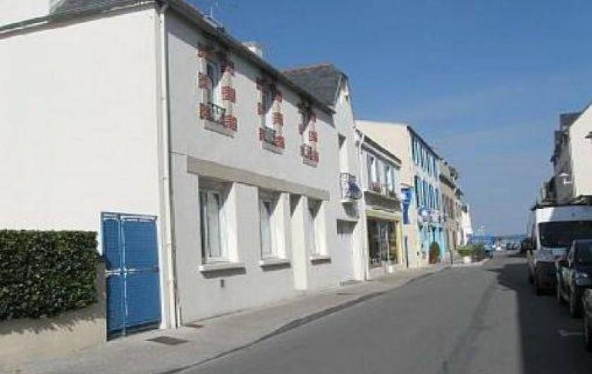 Location de vacances - Maison - Villa à Loctudy - façade sur rue avec vitrage isolant phonique et thermique