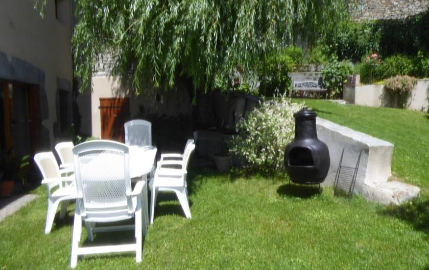 Location de vacances - Chambre d'hôtes à Oris-en-Rattier - jardin et braséro