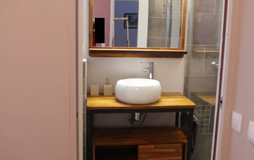 Location de vacances - Appartement à Villard-de-Lans - salle de douche attenante à la chambre  2