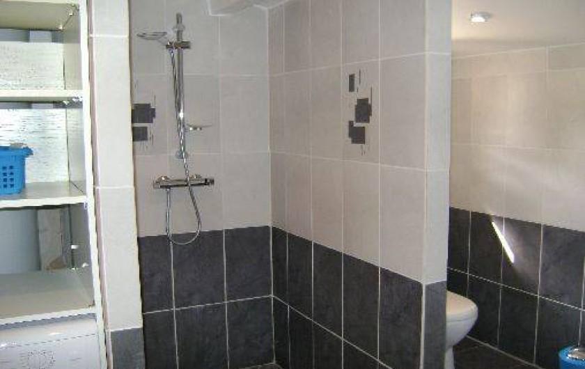 Location de vacances - Chalet à Neuilly-le-Dien - douche à l'italienne