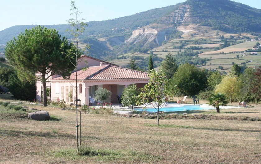 Location de vacances - Villa à Saint-Martin-sur-Lavezon - Coté sud
