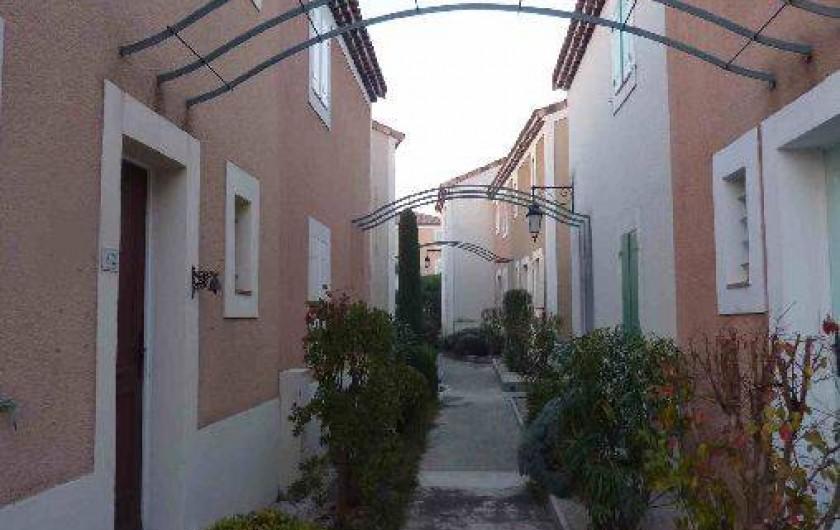 Location de vacances - Maison - Villa à Uzès - Ruelle de la résidence