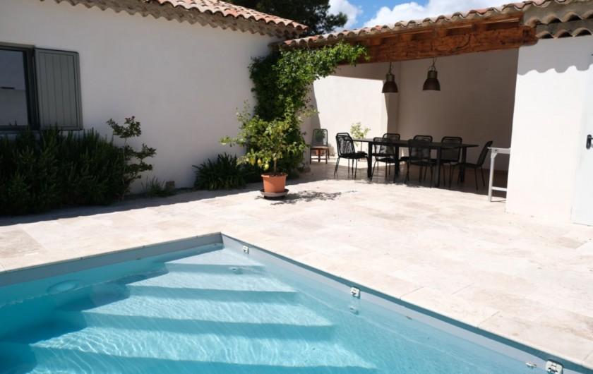 Location de vacances - Villa à Aureille - Coin terrasse