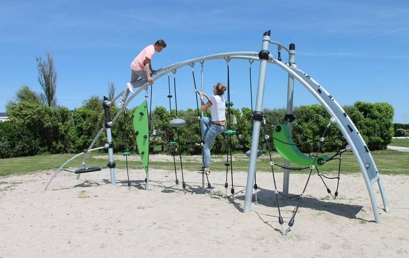 Location de vacances - Bungalow - Mobilhome à Ravenoville Plage - Aire de jeux enfants