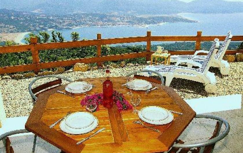Location de vacances - Villa à Olmeto - Terrasse couverte