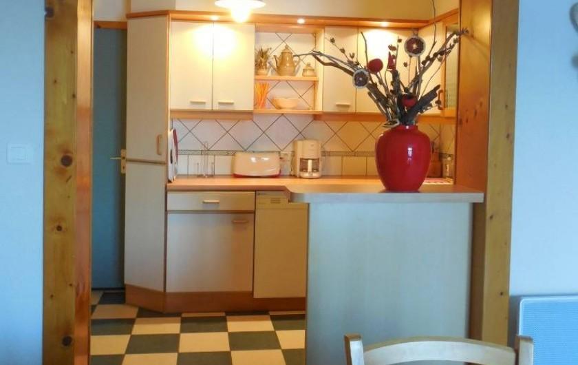 Location de vacances - Appartement à Lajoux - cuisine