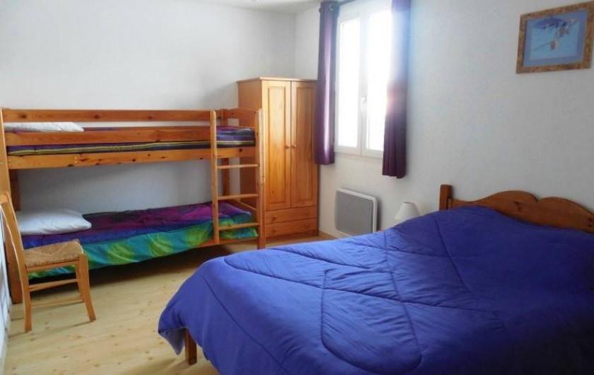 Location de vacances - Appartement à Lajoux - chambre