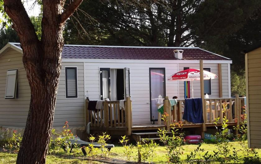 Location de vacances - Camping à Parcoul-Chenaud - Cottage 2 chambres 4 personnes
