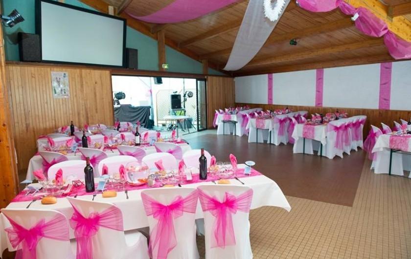 Location de vacances - Camping à Parcoul-Chenaud - Salle de réception, organisation de repas, séminaire, mariage,...