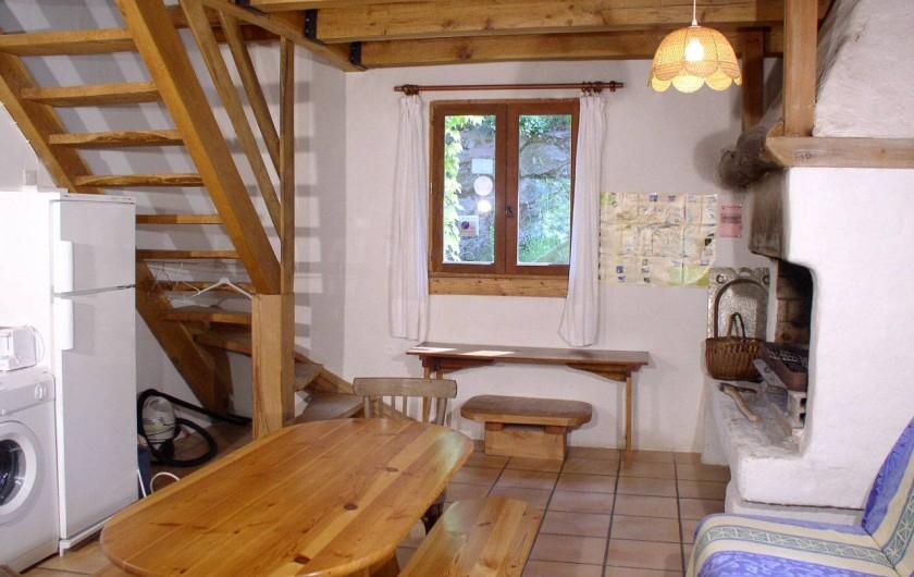 Location de vacances - Gîte à Le Pont-de-Montvert - salle àmanger