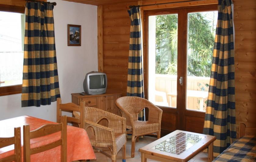 Location de vacances - Appartement à Peisey-Nancroix - Séjour