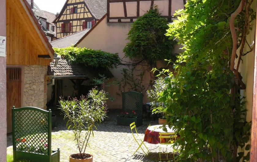 Location de vacances - Gîte à Ribeauville - 410 m2 de verdure et de zénitude au Gîte Alsacien