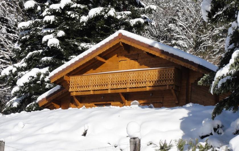 """Location de vacances - Chalet à Basse-sur-le-Rupt - Le chalet """"Les Bruyères"""" en hiver"""