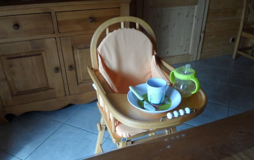 Location de vacances - Chalet à Basse-sur-le-Rupt - Chaise haute + accessoires bébé