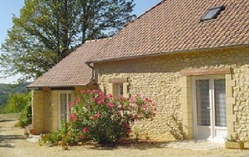 Location de vacances - Gîte à Auriac-du-Périgord - Extérieur :  Arrivée