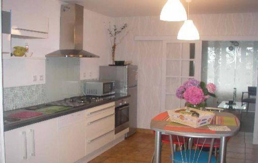 Location de vacances - Maison - Villa à Roscoff - Cuisine attenante au séjour