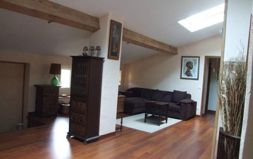 Location de vacances - Appartement à L'Albère - Le salon vu de la cuisine