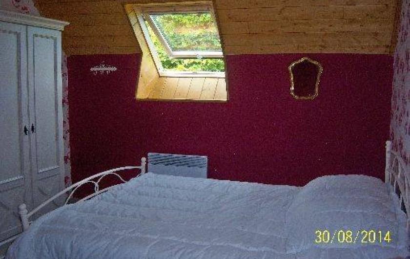 Location de vacances - Gîte à Le Claux - Chambre 1 - Étage