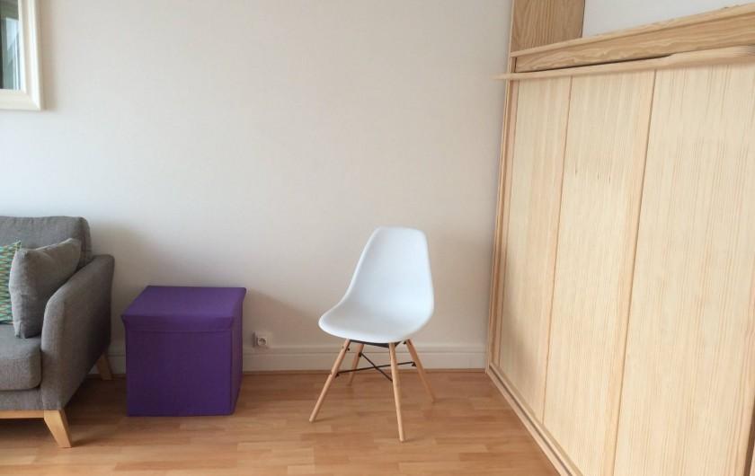 Location de vacances - Studio à Trégastel - lit relevé