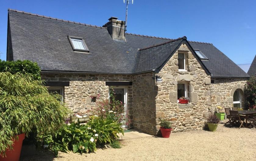 Location de vacances - Maison - Villa à Roscoff - Façade sud sur cour close