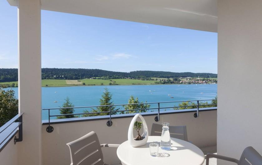 Location de vacances - Appartement à Malbuisson - Balcon de la suite