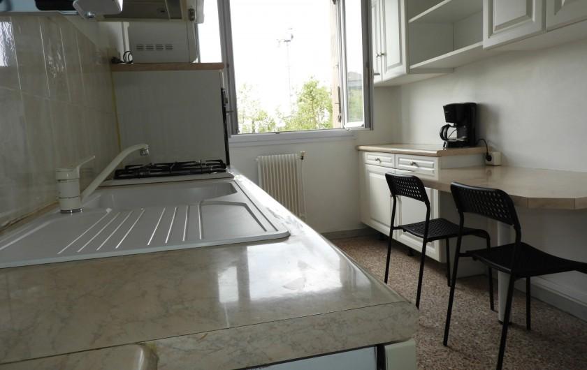Location de vacances - Appartement à Marseille - Cuisine aménagé